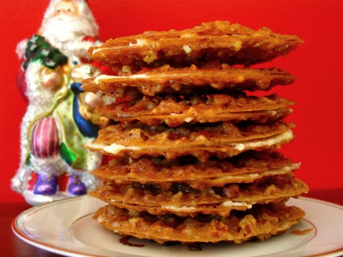... Lovers' Kitchen: Pecan Lace Sandwich Cookies with Orange Buttercream