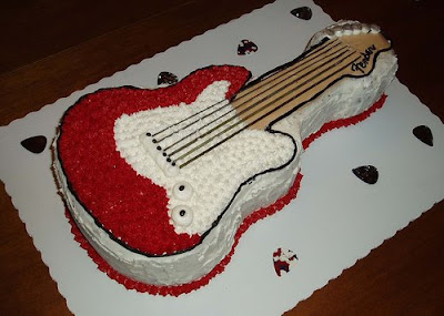 http://1.bp.blogspot.com/_Xifs-1sR_pg/Sbbfv0LhE0I/AAAAAAAAAb0/bSECSYSc2sE/s400/Jack+Strat+Cake+one.jpg