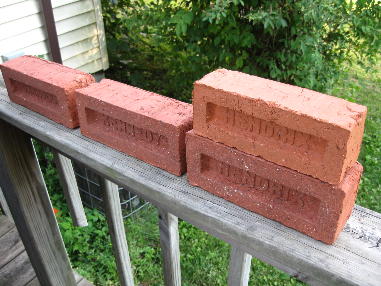 How Do You Make Clay Bricks : Make your own bricks tennessee red clay test firing