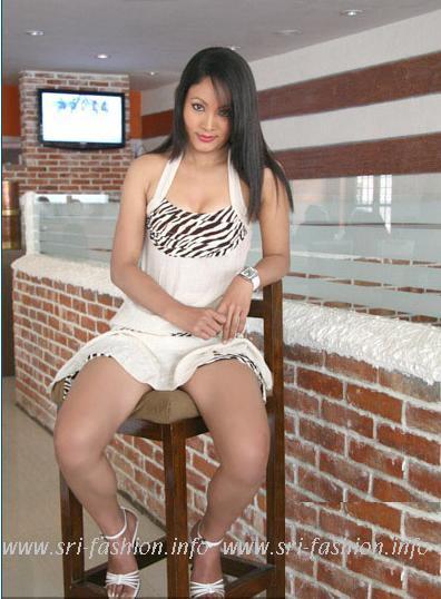 http://1.bp.blogspot.com/_XjJ92Zgtt4Y/SwrIr6IN68I/AAAAAAAAX3c/IllzfXHXbUM/s1600/pramila_6.JPG