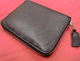 R.Horn wallet (onemorehandbag)