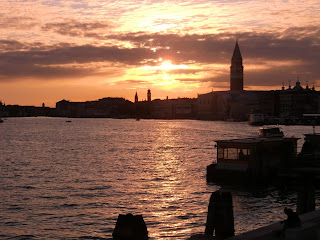 sunset in venice (onemorehandbag)