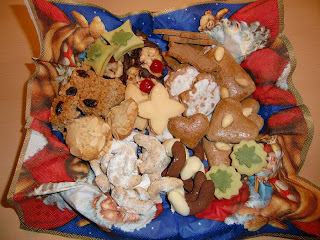 Christmas Cookies 2009 (onemorehandbag)
