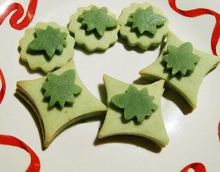 matcha cookies (onemorehandbag)