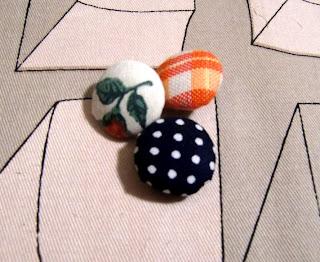 self-made buttons (onemorehandbag)