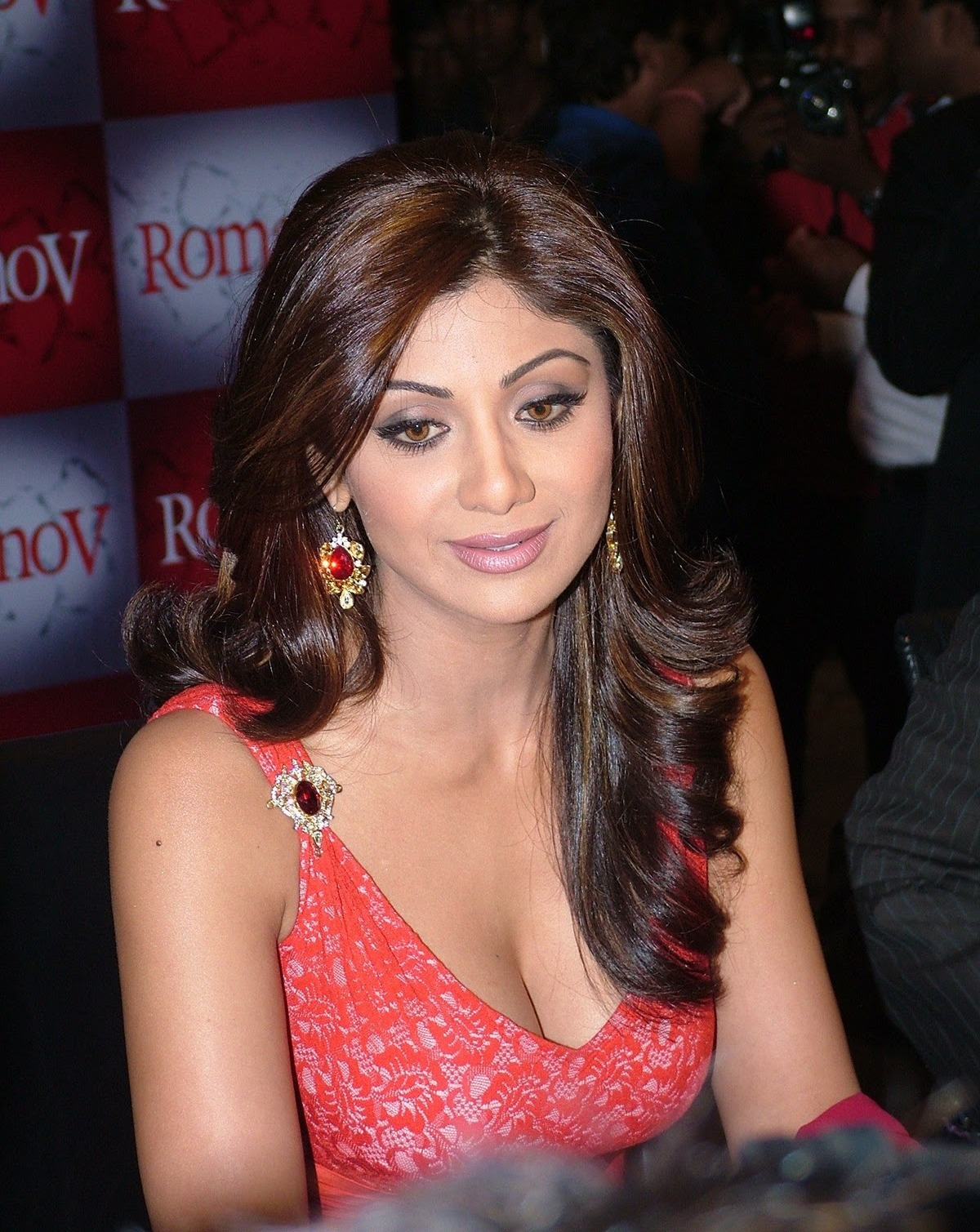 Images Of Indian Actress Latest Hot S Shilpa Shetty Sey Cleavage