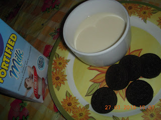 oreo, milk, low-fat milk