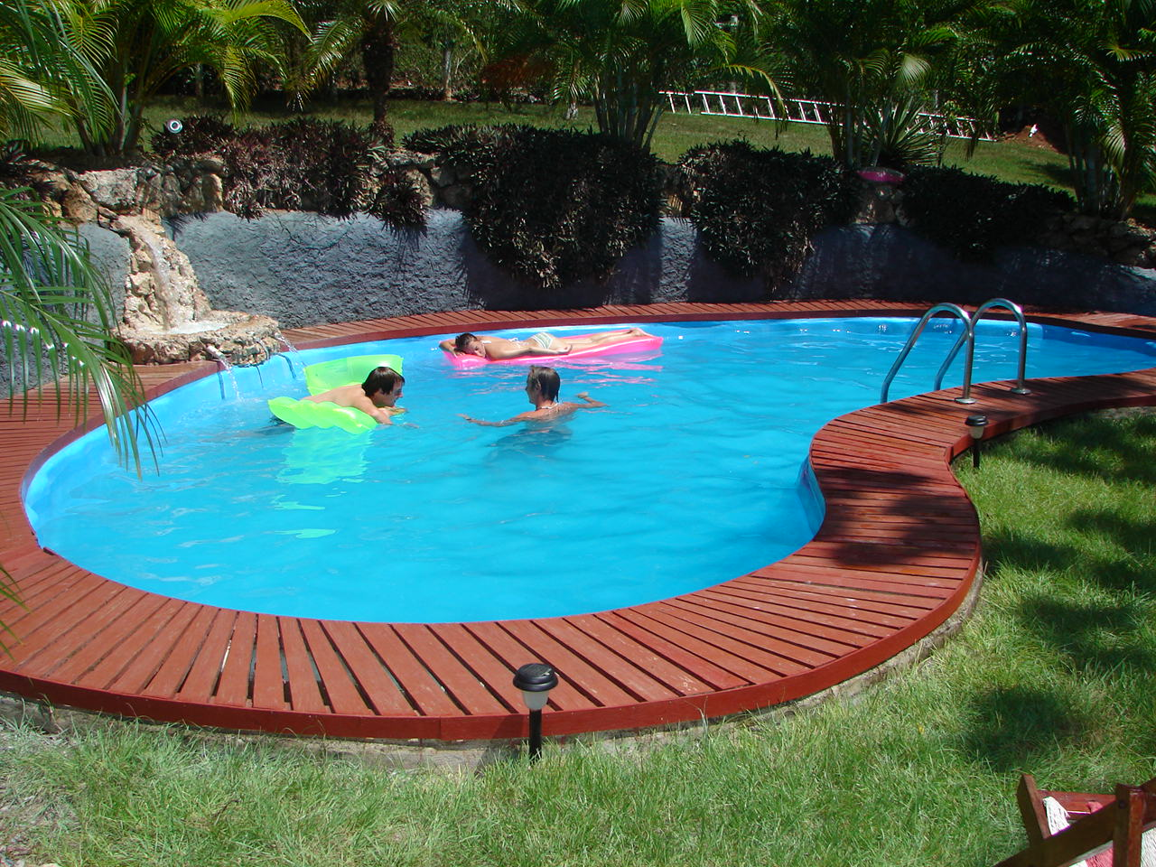 Batam swimming pool construction services - Swimming pool construction ...
