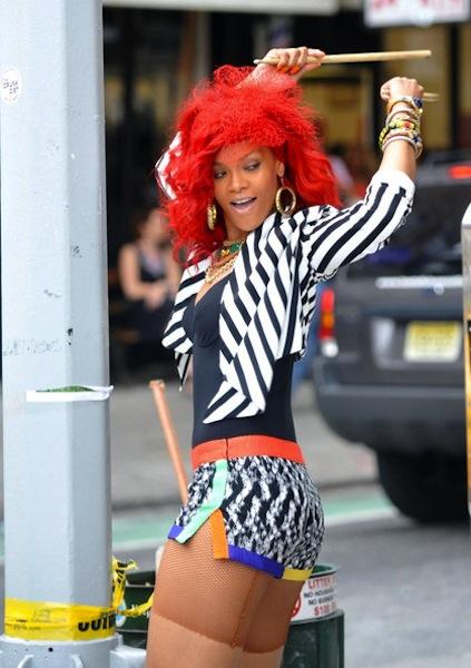rihanna red hair wig. rihanna red hair hot.