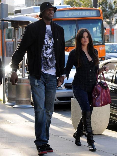 http://1.bp.blogspot.com/_XlRdOtBbiWs/TOFDf7CQKNI/AAAAAAAAet8/z95Xy7IHnKU/s1600/Lamar-Odom-Khloe-Kardashian.jpg