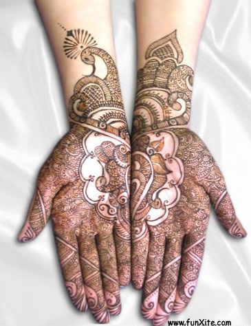 henna paisley tattoos. henna paisley tattoos.