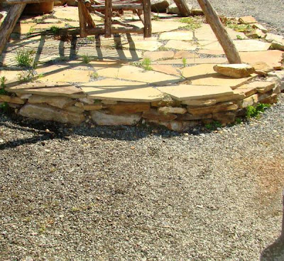 Small stone veneer riser