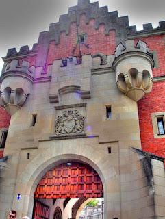 ворота в замок Нойшванштайн