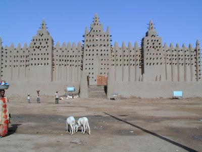 http://1.bp.blogspot.com/_Xpmm0Inq_hI/TMZhvfcHqJI/AAAAAAAAA_o/xNCcoGcLBZs/s1600/01_fasad_Masjid_Djenne.jpg