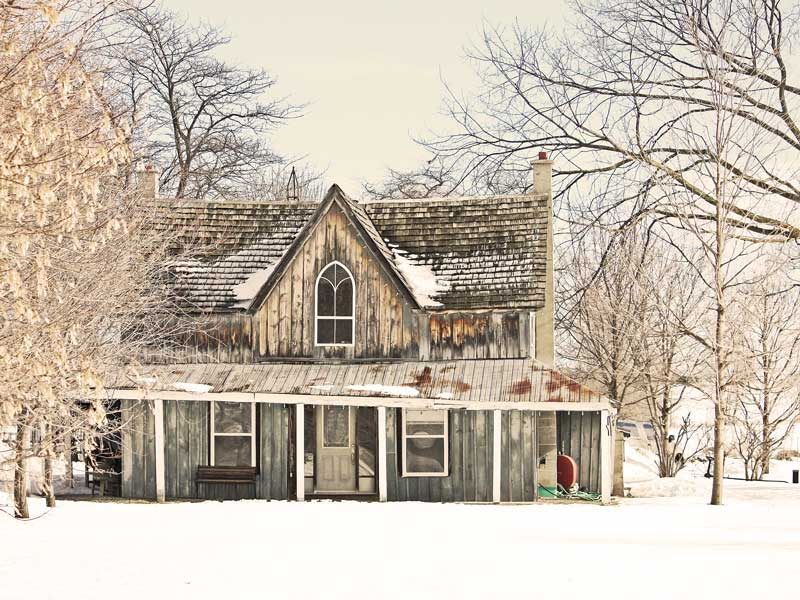 Winter farm houses on pinterest farm house old farm Old country farmhouse
