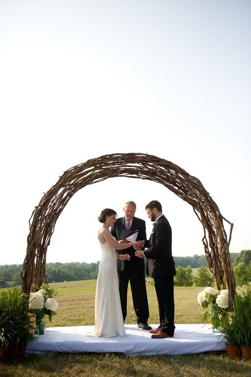 Vineeta 39 s blog beautiful wedding dress patterned hello for Christmas arch diy