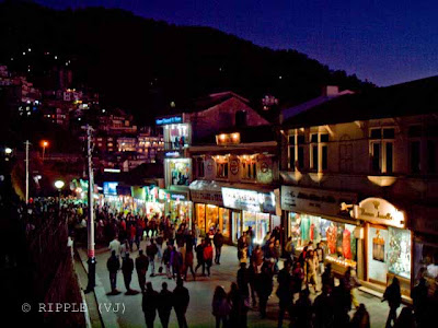 Posted by Ripple (VJ) on PHOTO JOURNEY @ www.travellingcamera.com : Youngsters Celebrating on New Year Eve @ Shimla, Himachal Pradesh: New Year Eve is considered as special time for celebrations. In modern times New Year Eve is celebrated with parties and social gatherings spanning the transition of the year at midnight. Here are few Photogrpahs of such gatherings on Ridge in Shimla....:ripple, Vijay Kumar Sharma, ripple4photography, Frozen Moments, photographs, Photography, ripple (VJ), VJ, Ripple (VJ) Photography, Capture Present for Future, Freeze Present for Future, ripple (VJ) Photographs , VJ Photographs, Ripple (VJ) Photography : More Tourists on Mall road and heading towards Ridge... to meet others for New Year celebrations... I have not seen such a peaseful and Secure for Celebrations....