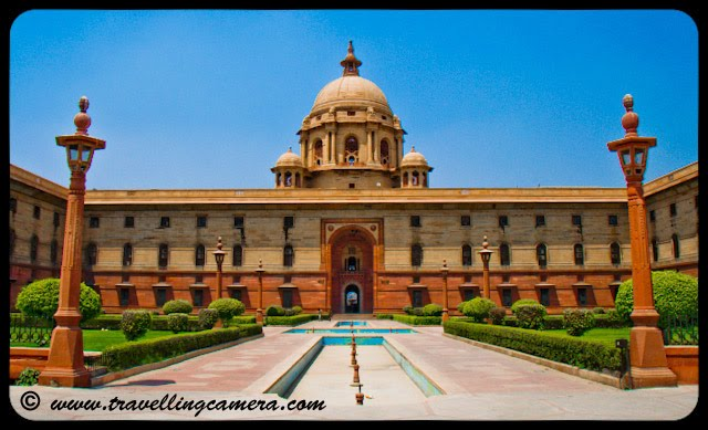 Indian President's House @ Delhi: Rashtrapati Bhavan is the official residence of the President of India, located in New Delhi, Delhi, India. Until 1950 it was known as Viceroy's House and served as the residence of the Viceroy of India. It is at the heart of an area known as Lutyens' Delhi. It is the largest residence of any Head of the State in the world.VJ, ripple, Vijay Kumar Sharma, ripple4photography, Frozen Moments, photographs, Photography, ripple (VJ), VJ, Ripple (VJ) Photography, VJ-Photography, Capture Present for Future, Freeze Present for Future, ripple (VJ) Photographs , VJ Photographs, Ripple (VJ) : President, India, Architecture, Delhi, Colorful, Journey, Main Tourist Places, : The layout of the palace is designed around a massive square although there are many courtyards and open inner areas within. There are separate wings for the Viceroy and another wing for guests. The Viceroy's wing is a separate four-storey house in itself, with its own court areas within. The wing was so large that the first president of India decided not to stay there, staying in the guest wing, a tradition which was followed by subsequent presidents. At the centre of the main part of the palace, underneath the main dome, is the Durbar Hall, which was known as the Throne Room during British rule when it had thrones for the Viceroy and his wife.
