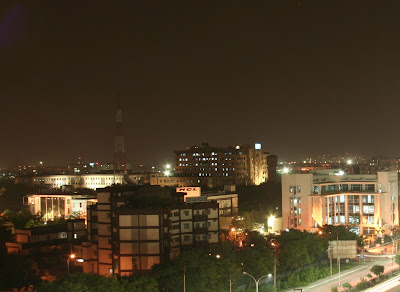 Noida night View: Noida is one of the known cities of India. There are lot of Softwares outsourcing companies in Noida...Software City of North India