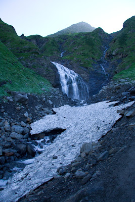 Posted by Ripple (VJ) : Waterfall near Valley of flowers @ Shrikhand Mahadev