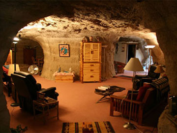 Travels with carole great sleeps kokopelli 39 s cave bed and breakfast farmington new mexico - The cave the modern home in the mexican desert ...