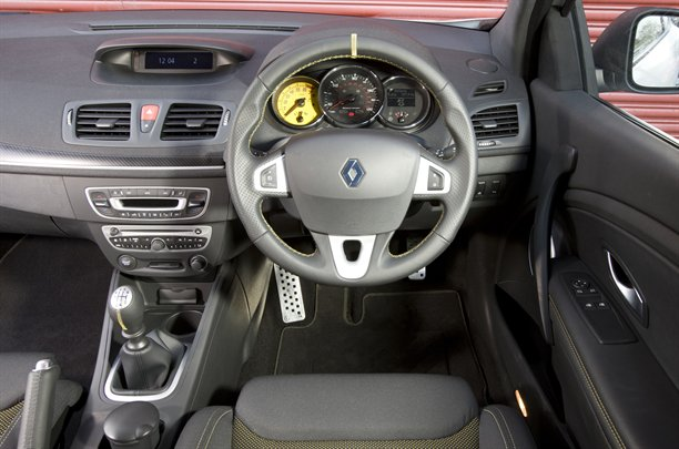 2010 Renault Megane 250 - interior design view