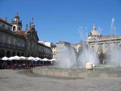[1677221-Travel_Picture-Braga.jpg]