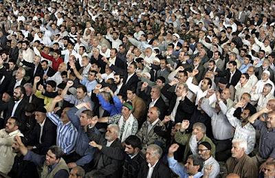 Orações de Sexta-Feira, em Teerão