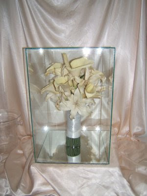 Preserved Bouquet in a Glass display case 3D | Fleur A Flair