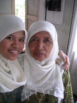 my lovely mama_nik azizon