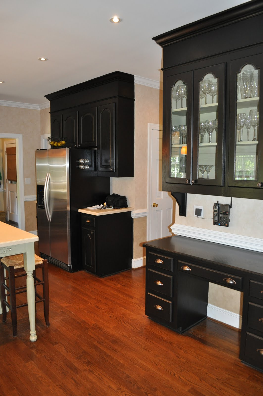 The collected interior black painted kitchen cabinets for Bulkhead over kitchen cabinets