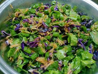 Sofraların vazgeçilmezidir salatalar biz her çeşidini severiz