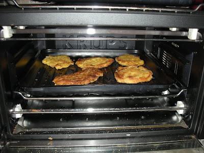 asda oster purple toaster