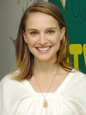 Natalie Portman Hot Image