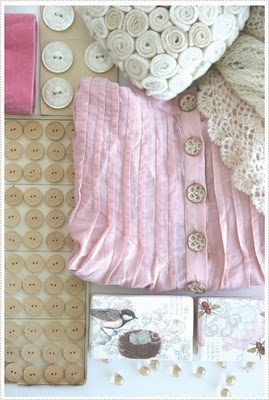[CreativeMint+Cream+and+Pink+photo.jpg]
