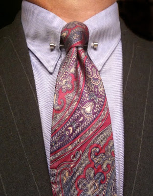 A southern gentleman in support of pinned collars for Tie bar collar shirt