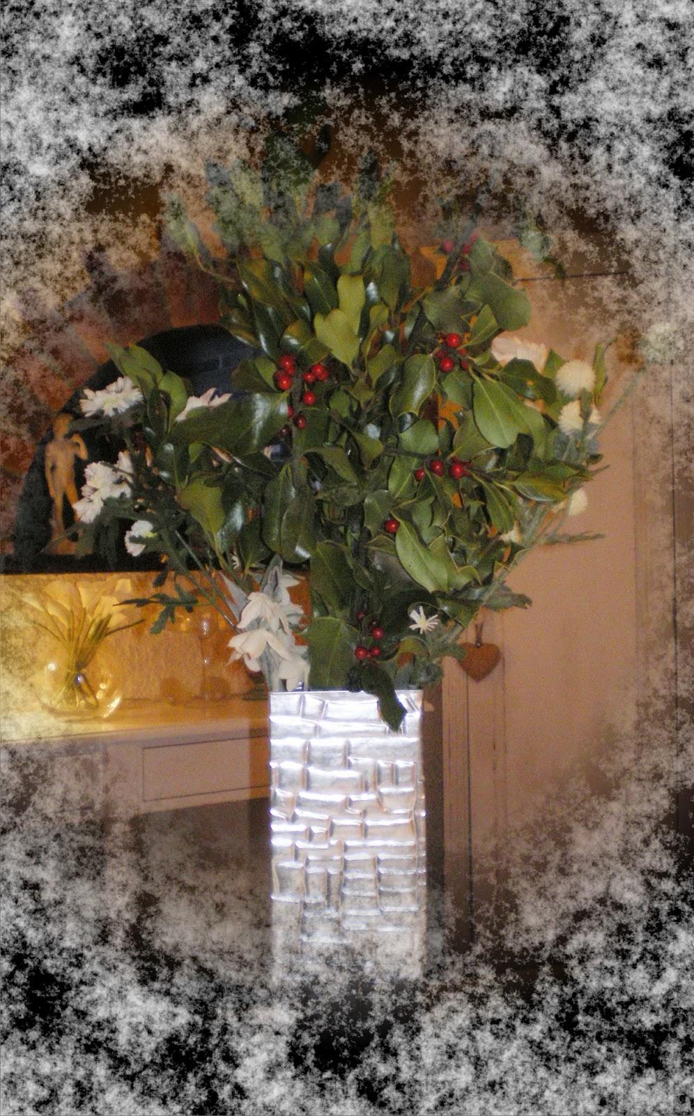 Trendy homes a very happy new year - Le houx porte bonheur ...