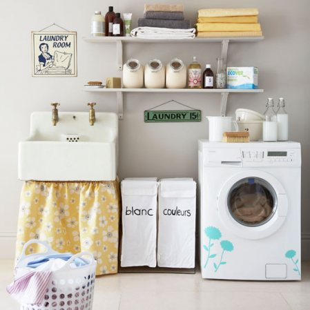 ديكورات غرف الغسيل Farm+sink+laundry+room+blog.
