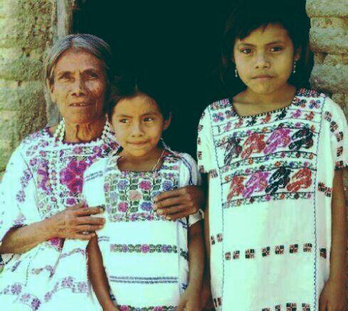 Amanecer en el Zocalo: Los 50 dias que confrontaron a Mexico / Dawn in-ExLibrary
