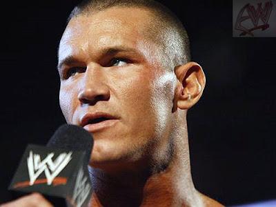 Promo de Triple H vs Randy Orton Orton+CARA+MICRO