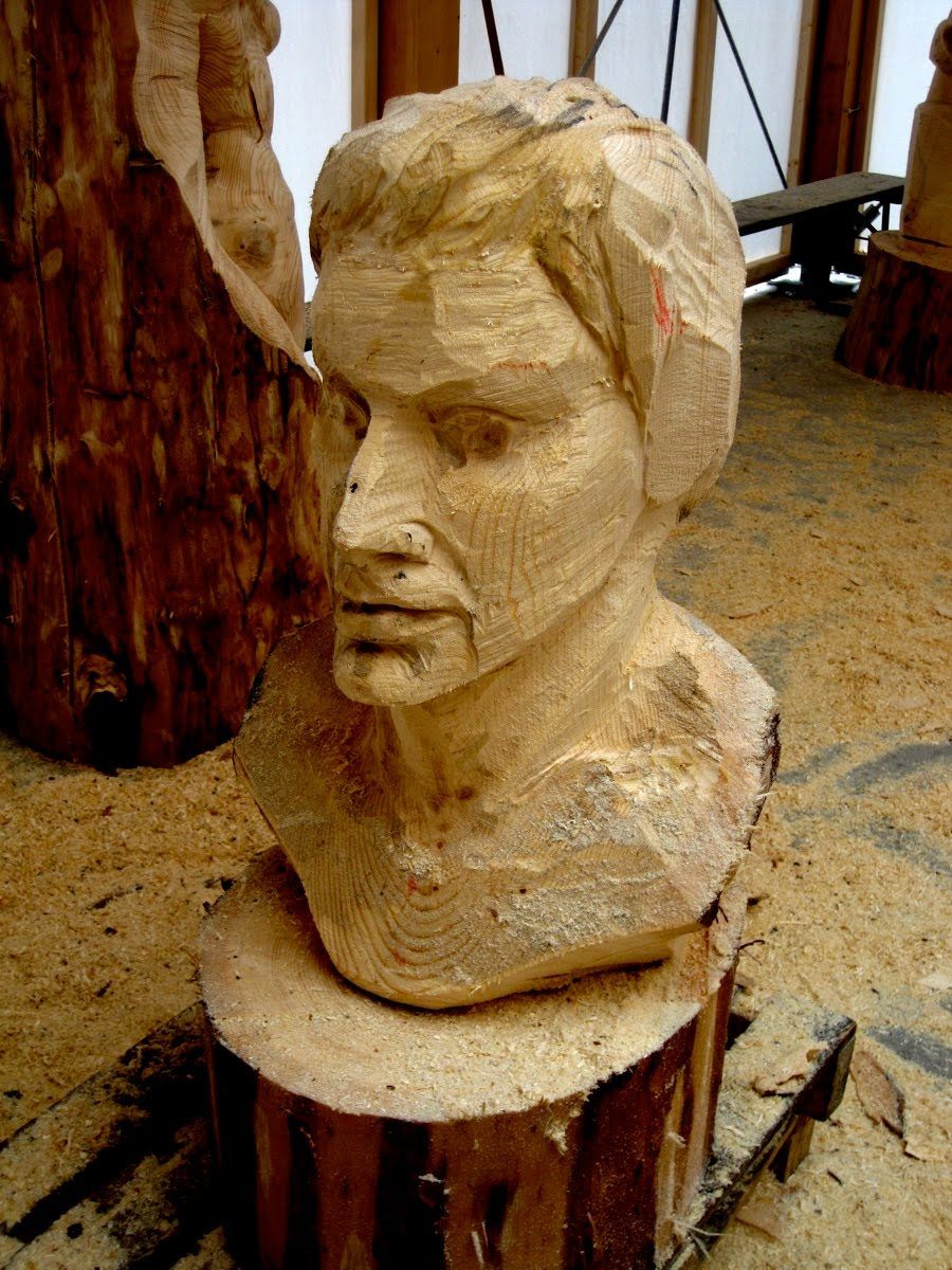 Erb s woodcarving chainsaw carving day v