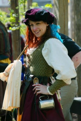 Renfaire chicks Rule!! Annd they put out!!