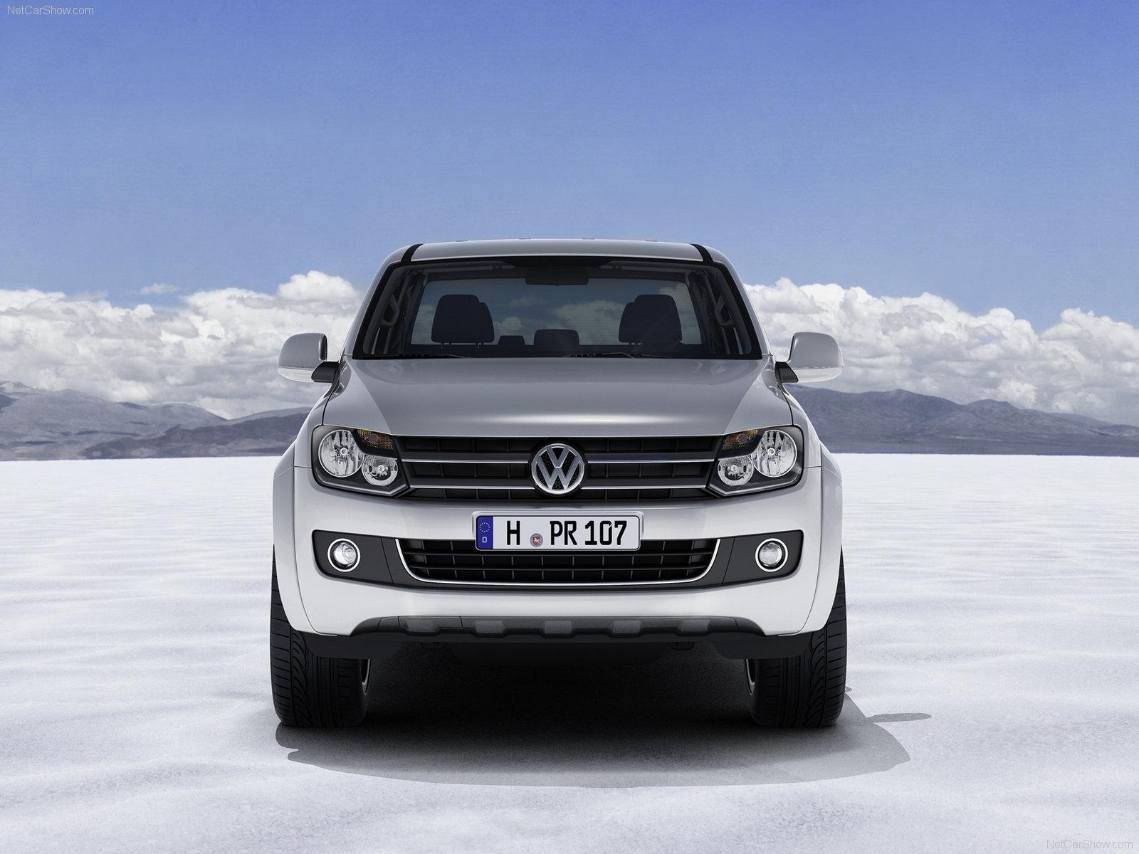 http://1.bp.blogspot.com/_Y5-4Z4aPcOI/TTa-eW3iZVI/AAAAAAAAAUI/8cs0mRbXHlE/s1600/Volkswagen-Amarok_2011_1600x1200_wallpaper_03.jpg
