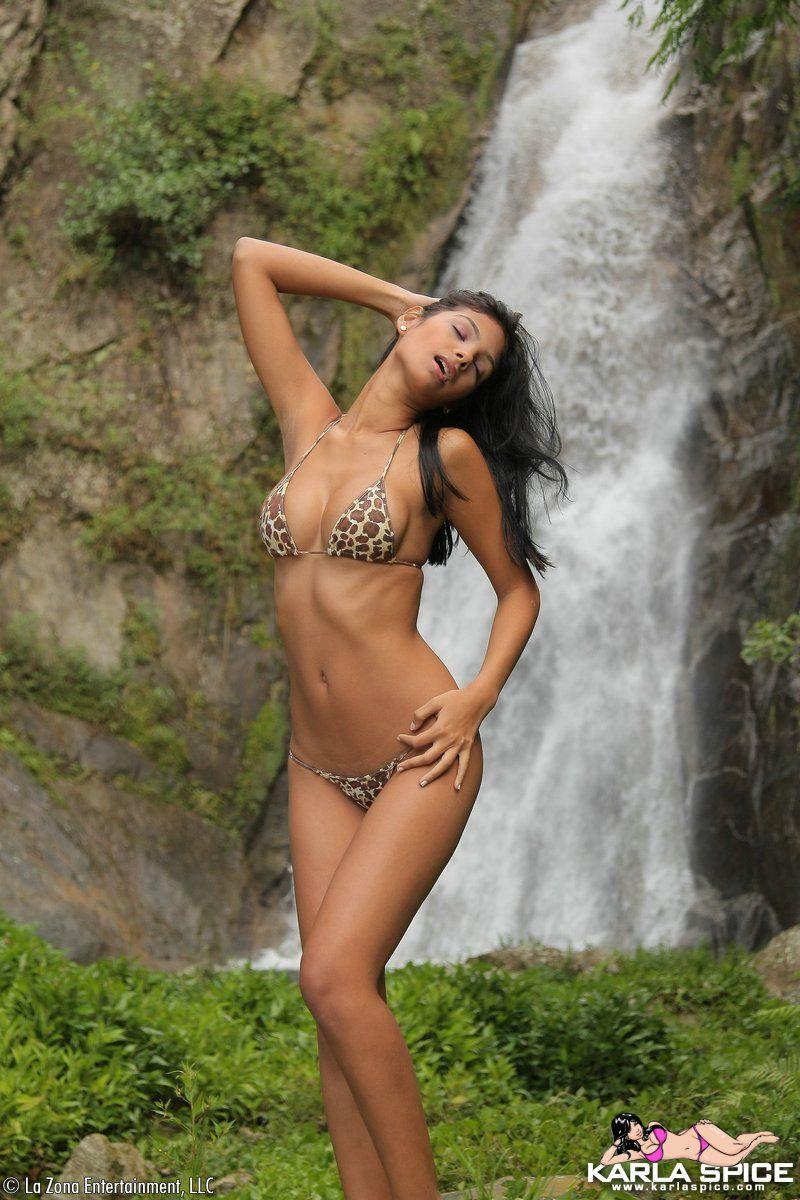 Karla Spice, Sexis Chicas Venezolanas: http://wwwtubefotoscom.blogspot.com/2010/08/karla-spice-sexis-chicas-venezolanas.html