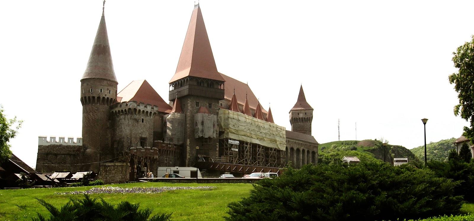 Obiective turistice in Romania Castelul Huniazilor sau Cetatea Hunedoara imageanchor=
