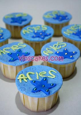 Vins cakes birthday cake cupcake wedding cupcake bandung blue star decoration birthday cupcake junglespirit Image collections