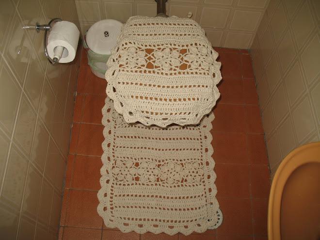 """Jogo de Banheiro """"CRU"""" feito em Crochê..."""