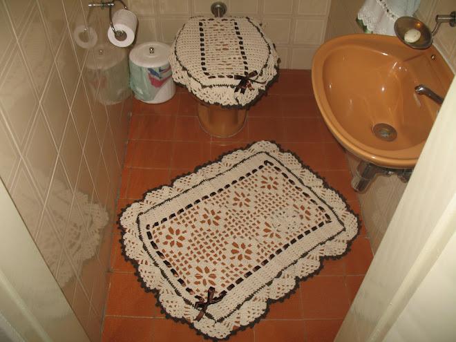 Jogo de Banheiro feito em Crochê...