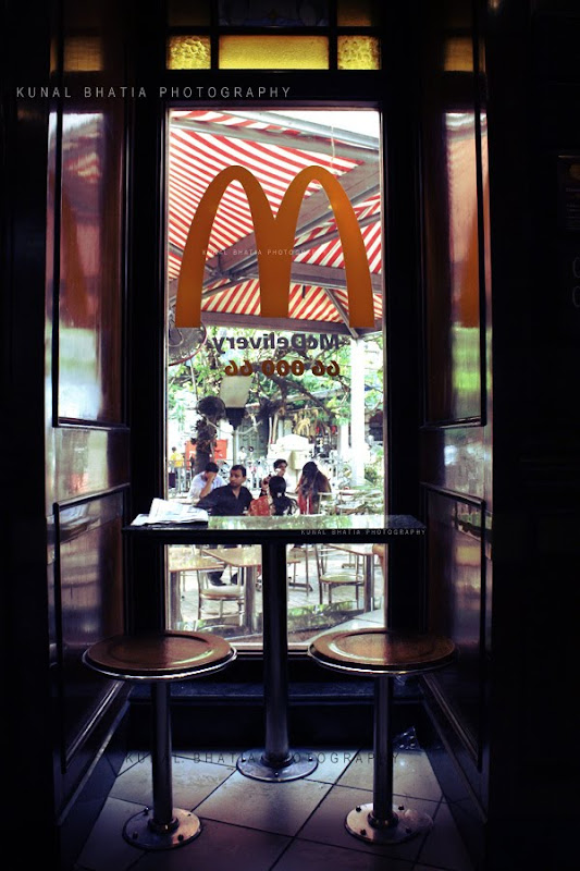 empty table in mac donalds at VT CST in mumbai by kunal bhatia mumbai india photo blog