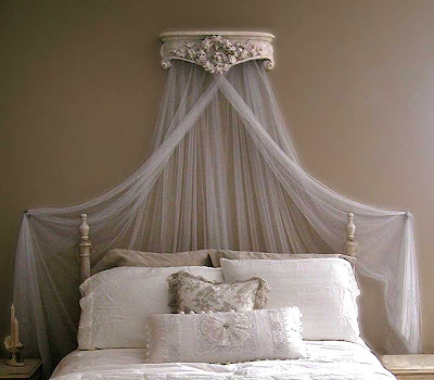 peanut petunia bed crowns. Black Bedroom Furniture Sets. Home Design Ideas